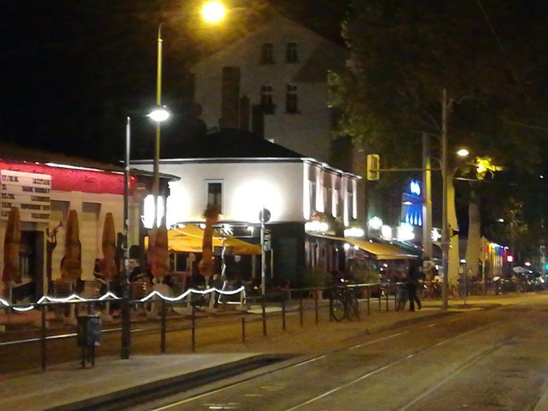 Karli bei Nacht