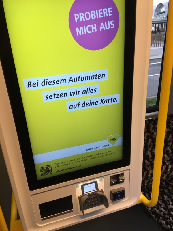 Neue digitale Automaten in der Tram