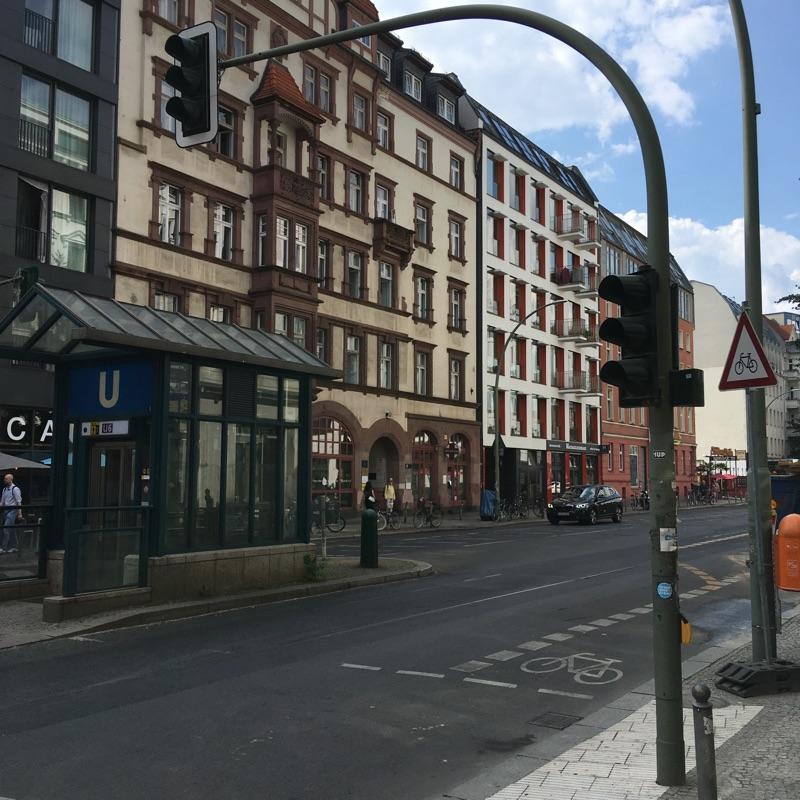 Fußgängerampel in der Chausseestraße außer Betrieb