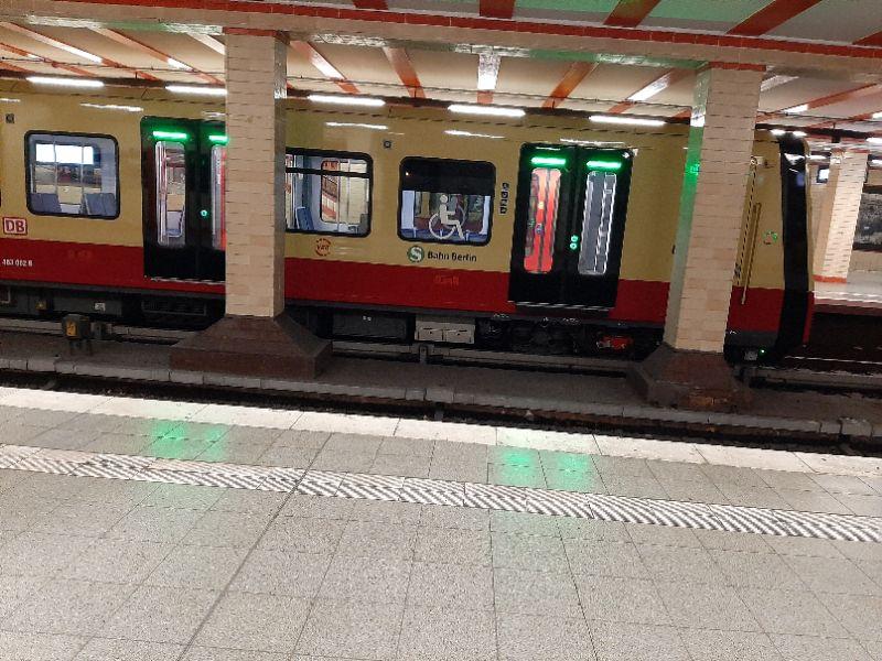 Neue Berliner S-Bahn im Nordbahnhof