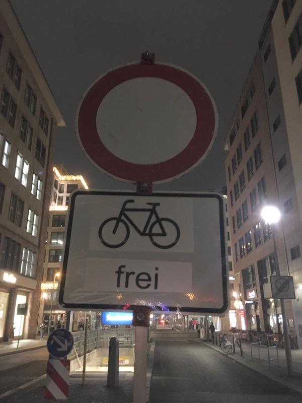 Weihnachtsstimmung auf der Friedrichstraße