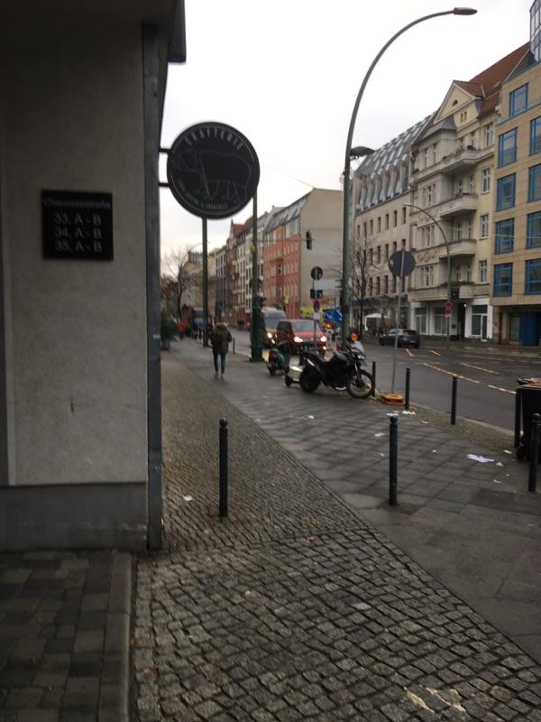 Trotz Lockdown weiter starker Verkehr in Berlin