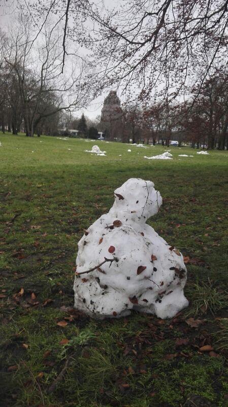 Widerstand der letzten Schneemänner