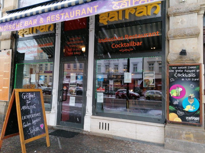 Indische Bar noch geöffnet