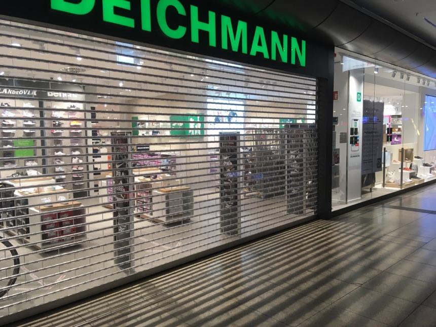 Im Hauptbahnhof Leipzig viele Läden weiter zu