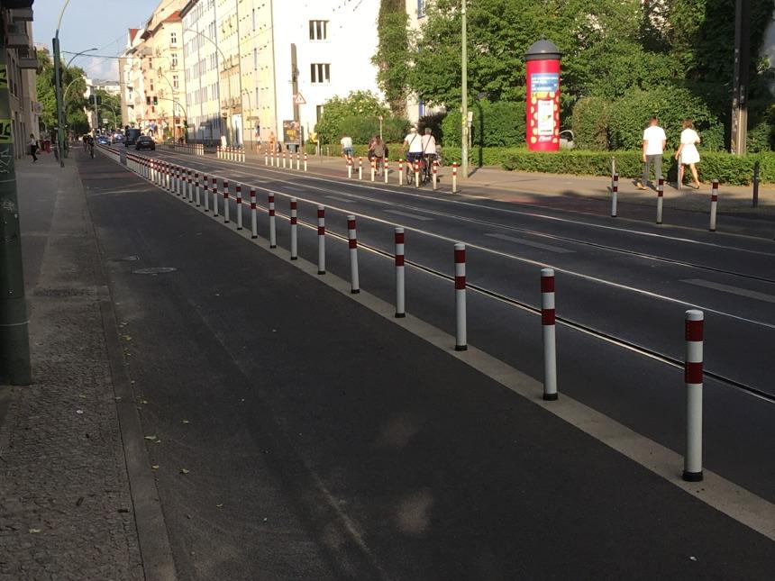 Neue Fahrradwege in der Invalidenstrasse