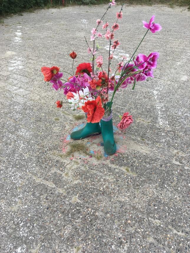 Blumen im Stiefel