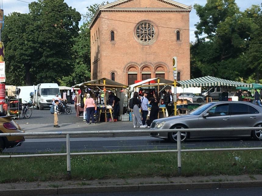 Markt auf dem Leopoldplatz