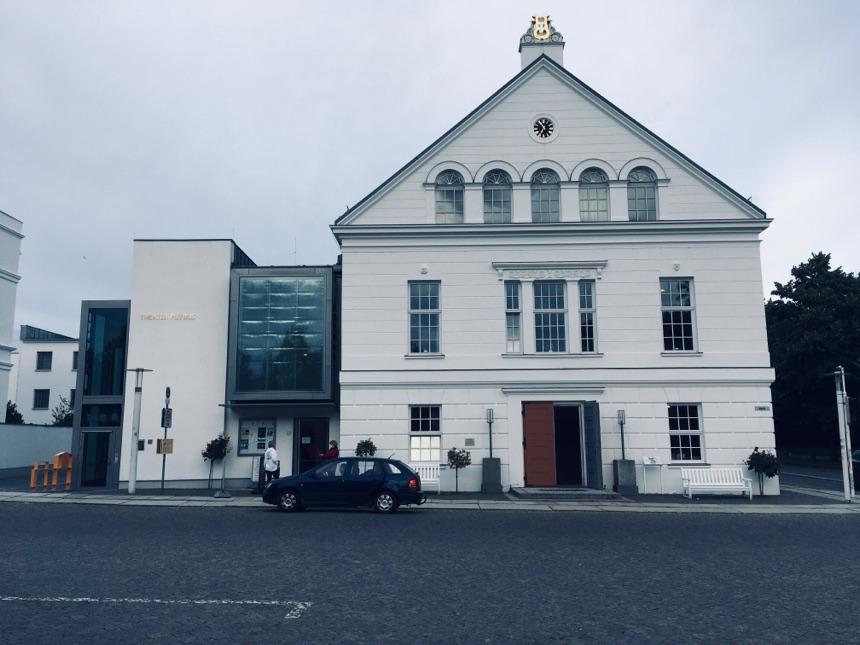 """Film """"Wem gehört mein Dorf?"""" im Theater Putbus"""